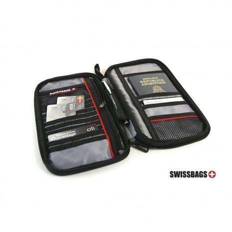 Passport-Holder-Abiertojpg-1580649418